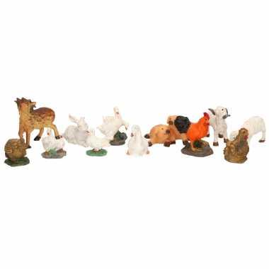 12x decoratie beeldjes boerderijdieren dierenbeeldjes
