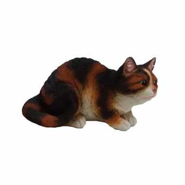 Dierenbeeld zittende kat/poes zwart/wit 32 cm