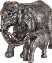 Dierenbeeld olifant met kind 24 cm goud antieklook